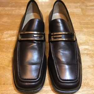 Gucci chocolate brown/gold leather loafers